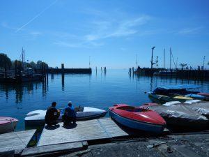 Meersburg am Bodensee: Tretbootverleih am Hafen