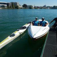 Ute Jansen und Markus Frommlet mit Tretboot und Zweierkajak begüßt vom Vorsitzenden Herrn Schmid des Kanuclubs Konstanz