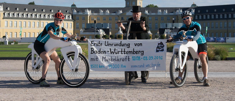 start erste Umrundung Baden-Württembergs in Karlsruhe mit Draisinen
